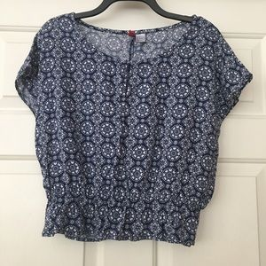 H&M Divided Patterned Short Sleeve Blouse